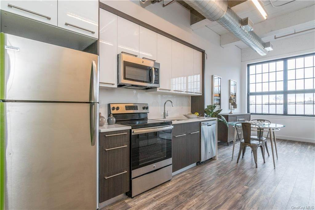 8. Rental Communities for Rent at 121 Westmoreland Avenue White Plains, New York, 10606 United States