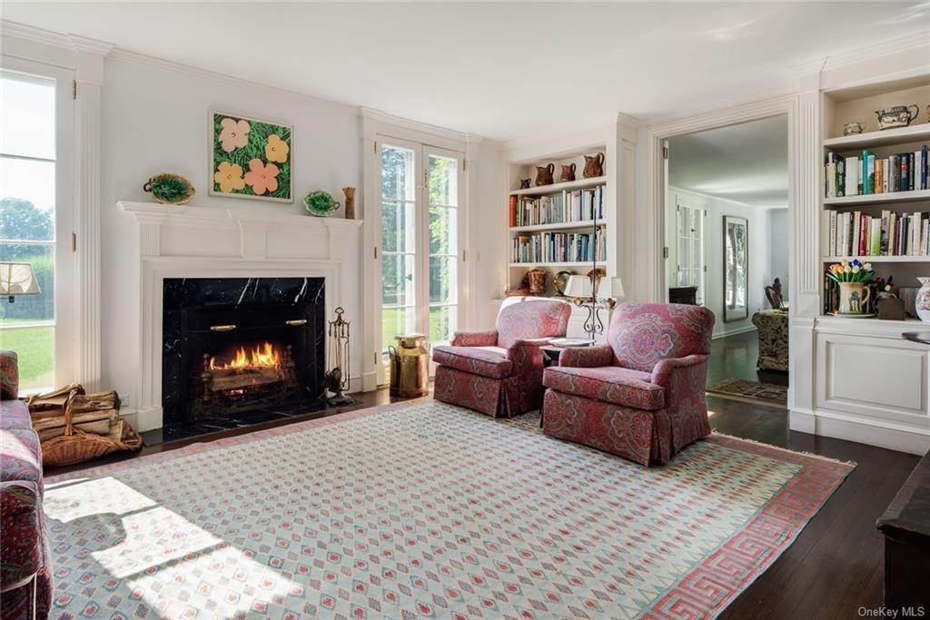 8. Single Family Home for Sale at 129 Fox Lane Bedford Corners, New York, 10549 United States