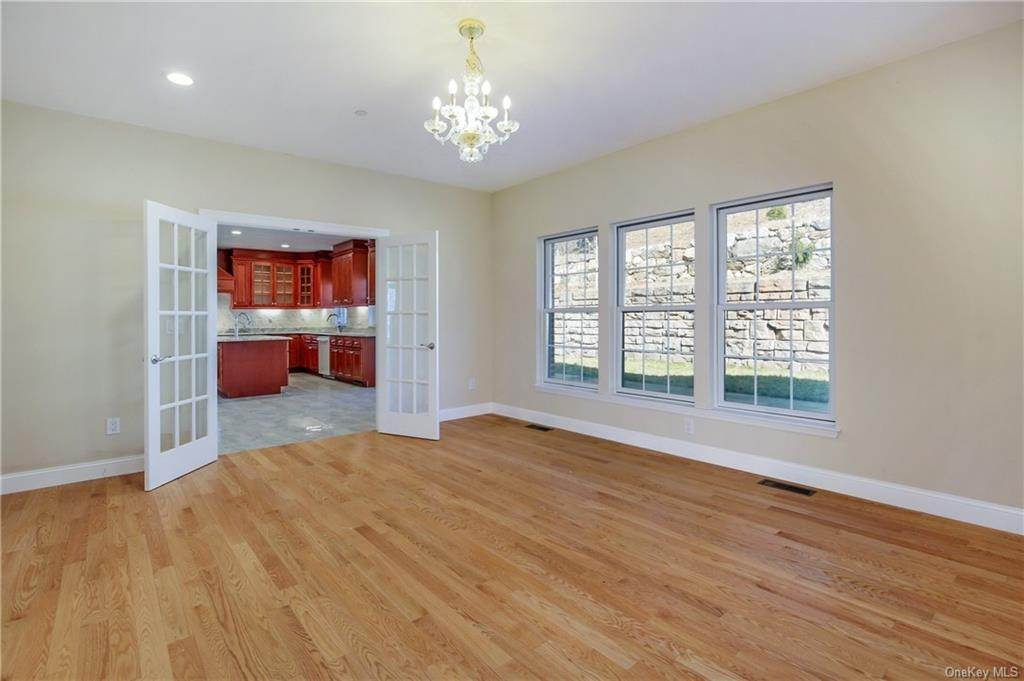 8. Single Family Home for Sale at 223 Sprain Road Scarsdale, New York, 10583 United States