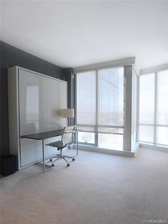 9. Single Family Home for Sale at 1 Renaissance Square White Plains, New York, 10601 United States