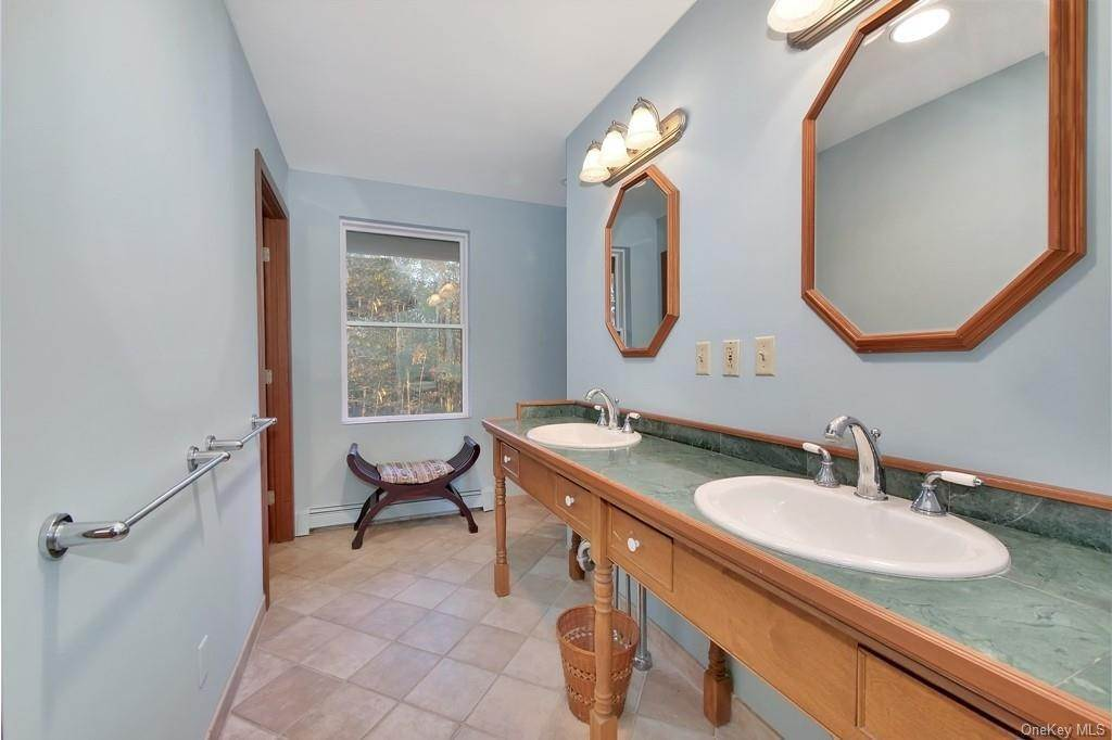 9. Single Family Home for Sale at 109 Monahan Road Port Jervis, New York, 12771 United States