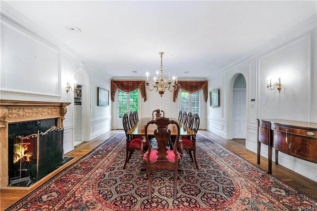 9. Single Family Home for Sale at 52 Ardsley Avenue W Irvington, New York, 10533 United States