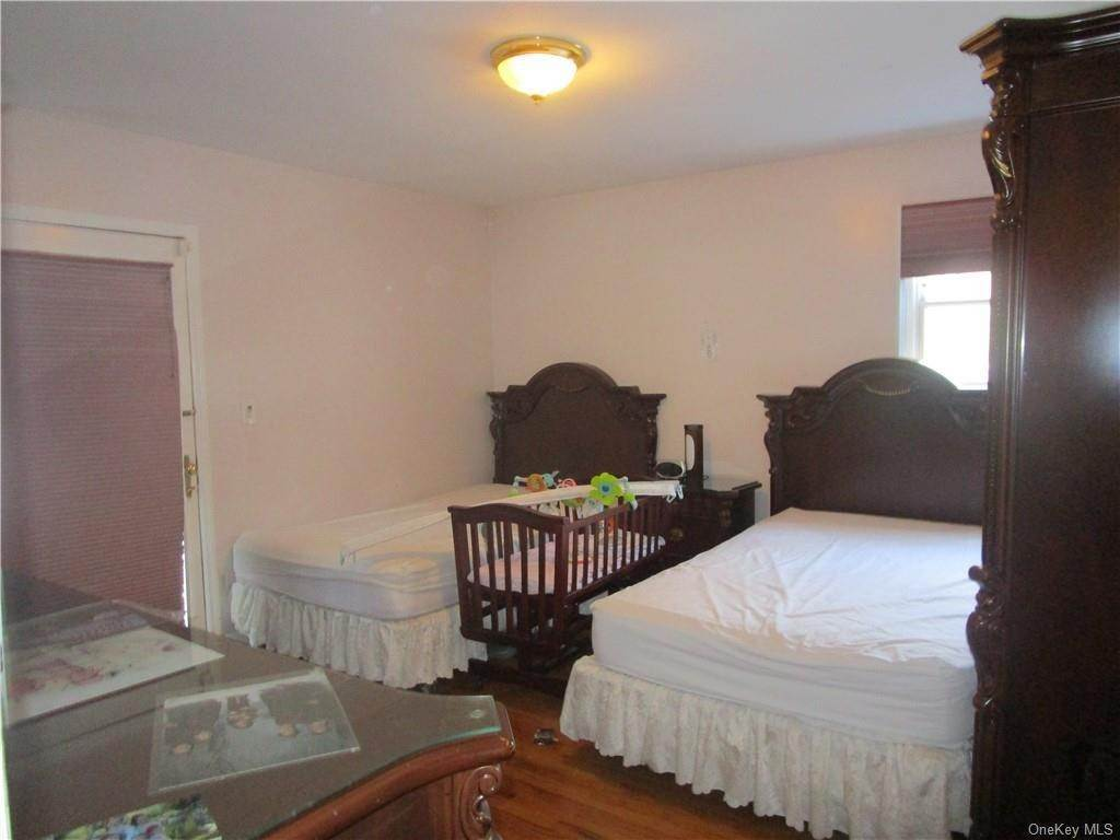 9. Single Family Home for Sale at 9 Kingsville Drive Monroe, New York, 10950 United States